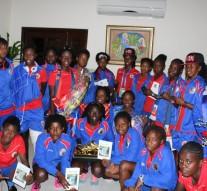 Les filles de la sélection U-17 sont de retour dans le pays.
